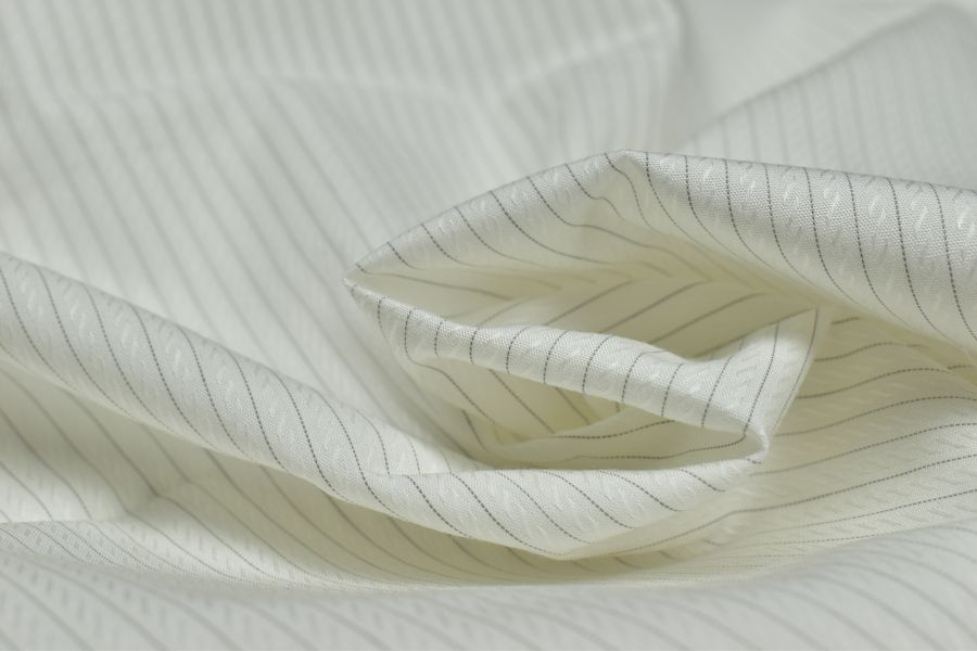 Pamuklu Gömleklik Kumaş En Kaliteli Gömleklik Kumaşlar En Cazip Fiyatlarla HTC Kumaş   %100 Pamuk Gömleklik Kumaşlar En Ucuz Fiyatlarla